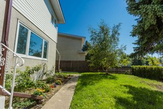Photo 3: 11308 40 Avenue in Edmonton: Zone 16 House Half Duplex for sale : MLS®# E4260307