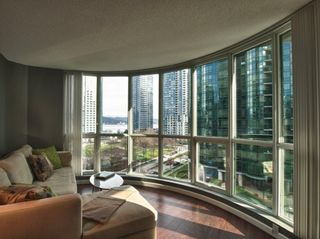 """Photo 21: 606 588 BROUGHTON Street in Vancouver: Coal Harbour Condo for sale in """"HARBOURSIDE PARK"""" (Vancouver West)  : MLS®# V929712"""