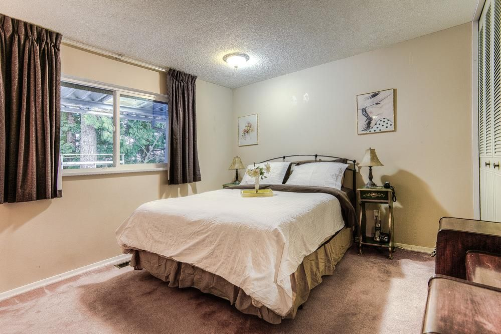 Photo 6: Photos: 3122 MARINER WAY in Coquitlam: Ranch Park House for sale : MLS®# R2037246