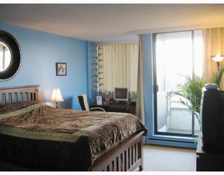 Photo 5: 905 3970 CARRIGAN Court in Burnaby: Government Road Condo for sale (Burnaby North)  : MLS®# V753561
