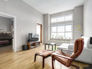 "Photo 5: 419 5885 IRMIN Street in Burnaby: Metrotown Condo for sale in ""MACPHERSON WALK"" (Burnaby South)  : MLS®# R2152628"