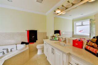Photo 11: 5920 129A Street in Surrey: Panorama Ridge House for sale : MLS®# R2153275