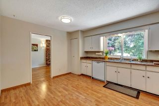 """Photo 8: 6235 171 Street in Surrey: Cloverdale BC House for sale in """"WEST CLOVERDALE"""" (Cloverdale)  : MLS®# R2598284"""