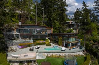 Photo 1: 3751 SUNSET Lane in West Vancouver: West Bay House for sale : MLS®# R2583246