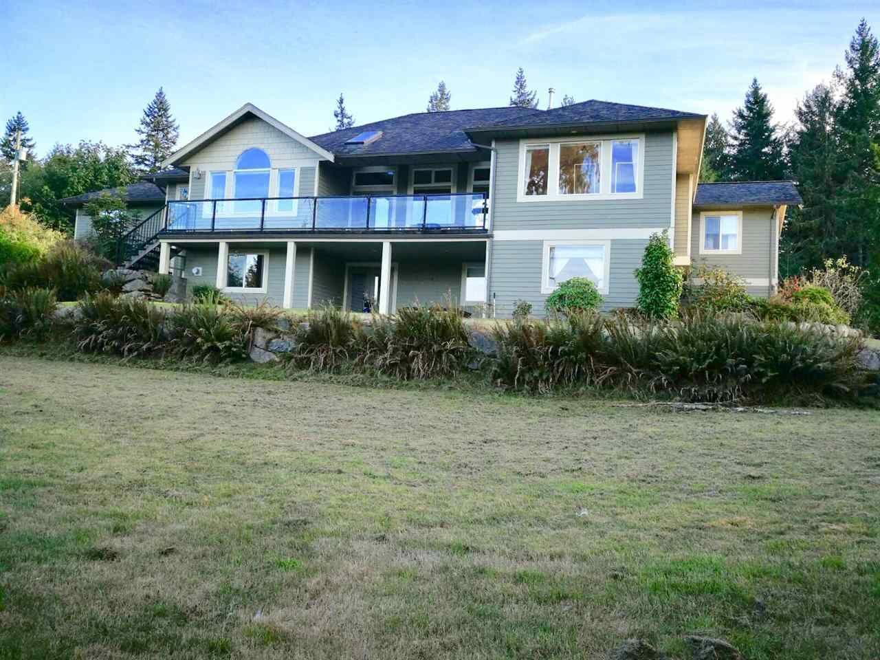 Main Photo: 4736 BEAR BAY Road in Pender Harbour: Pender Harbour Egmont House for sale (Sunshine Coast)  : MLS®# R2529232
