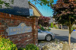 """Photo 1: 9 8631 NO. 3 Road in Richmond: Broadmoor Townhouse for sale in """"EMPRESS COURT"""" : MLS®# R2496993"""