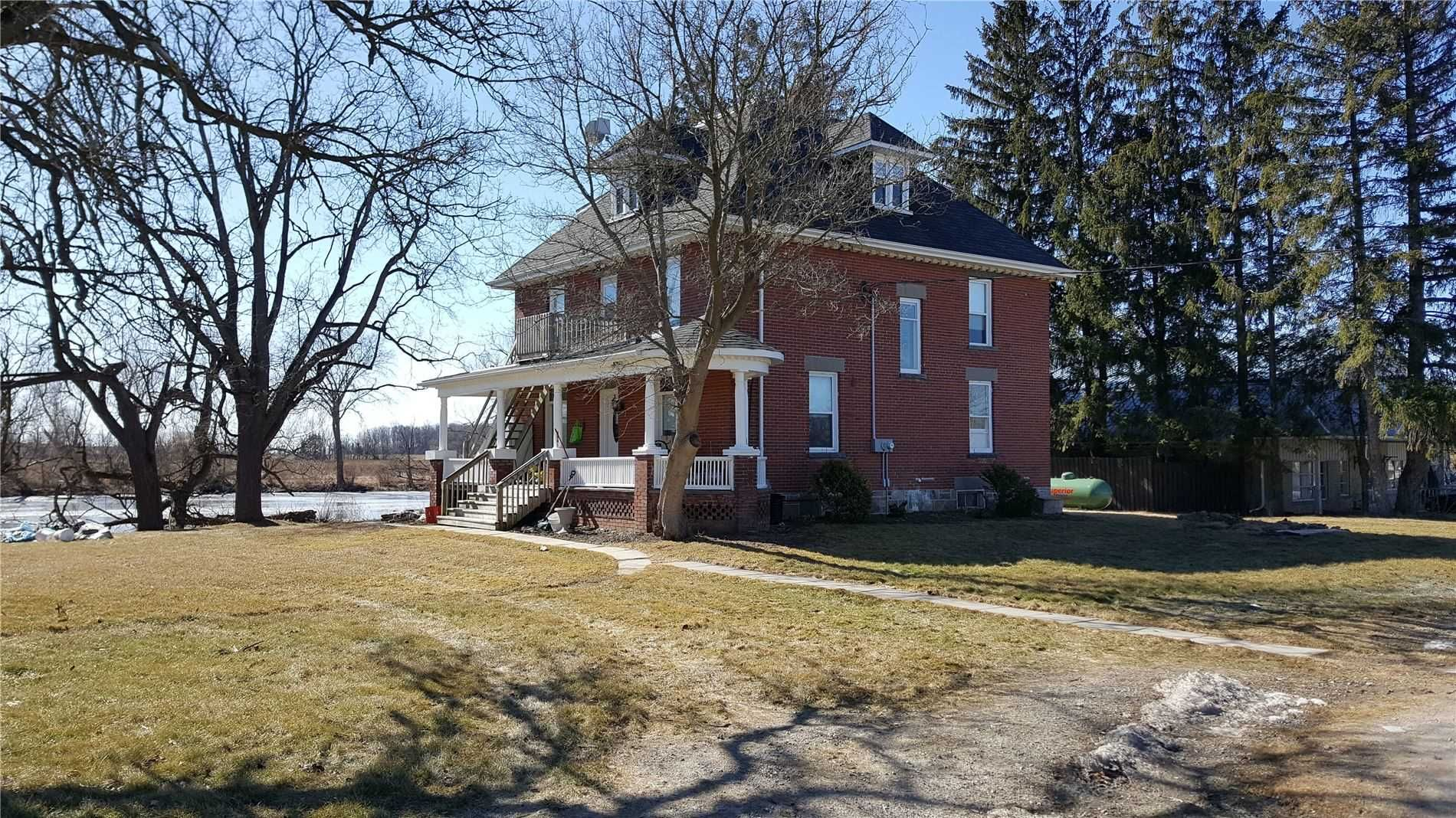 Main Photo: 3985 Stouffville Road in Whitchurch-Stouffville: Rural Whitchurch-Stouffville House (3-Storey) for sale : MLS®# N5298952