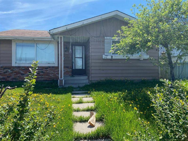 FEATURED LISTING: 5315 Madigan Drive Northeast Calgary