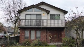 Photo 1: 96 E 45TH Avenue in Vancouver: Main House for sale (Vancouver East)  : MLS®# R2320149