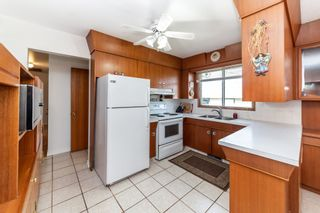 Photo 8: 13323 Delwood Road in Edmonton: Zone 02 House for sale : MLS®# E4247679