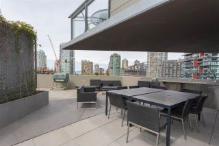 """Photo 17: 3802 1372 SEYMOUR Street in Vancouver: Downtown VW Condo for sale in """"The Mark - Yaletown"""" (Vancouver West)  : MLS®# R2189623"""