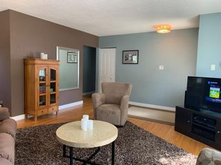 Photo 2: 9804 Avalon Road SE in Calgary: Acadia Detached for sale : MLS®# A1116367