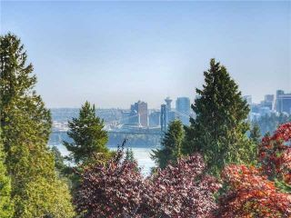 Photo 2: 2050 Westdean Cr in West Vancouver: Ambleside House for sale : MLS®# V1140072