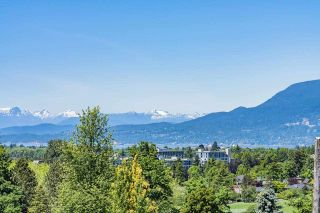 Photo 2: 1818 W 34TH Avenue in Vancouver: Quilchena House for sale (Vancouver West)  : MLS®# R2615405