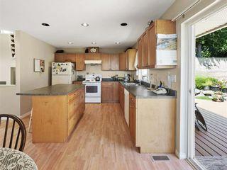 "Photo 6: 4846 BLUEGROUSE Drive in Sechelt: Sechelt District House for sale in ""DAVIS BAY"" (Sunshine Coast)  : MLS®# R2348043"
