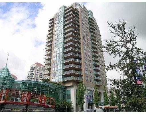 """Main Photo: 1303 612 6TH Street in New_Westminster: Uptown NW Condo for sale in """"THE WOODWARD"""" (New Westminster)  : MLS®# V659240"""