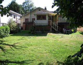"""Photo 3: 1654 ROSS Road in North_Vancouver: Lynn Valley House for sale in """"LYNN VALLEY"""" (North Vancouver)  : MLS®# V733802"""