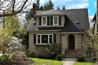 Photo 1: 4002 W 31ST Avenue in Vancouver: Dunbar House for sale (Vancouver West)  : MLS®# R2158177