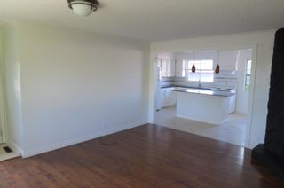 Photo 4: 1990 Cottonwood Crescent SE in Calgary: Southview Detached for sale : MLS®# A1115192