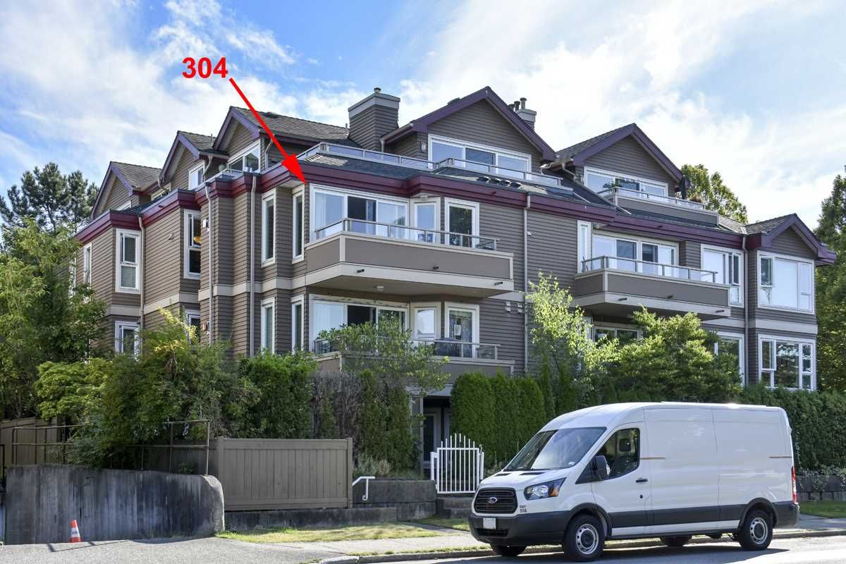 """Main Photo: 304 3218 ONTARIO Street in Vancouver: Main Condo for sale in """"Ontario Place"""" (Vancouver East)  : MLS®# R2502317"""