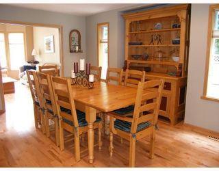 """Photo 5: 2055 MAMQUAM Road in Squamish: Garibaldi Estates House for sale in """"GARIBALDI ESTATES"""" : MLS®# V766913"""