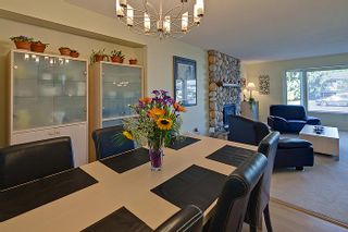 Photo 7: Pitt Meadows Split Level House for Sale @ 19344 121A Ave MLS #V924031