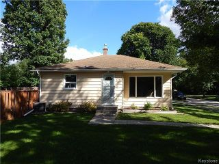 Photo 1: 1393 Kildonan Drive in Winnipeg: Fraser's Grove Residential for sale (3C)  : MLS®# 1622981