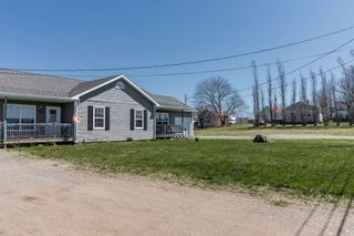 Photo 10: 7058 & 7060 Aylesford Road in Aylesford: 404-Kings County Multi-Family for sale (Annapolis Valley)  : MLS®# 202109870