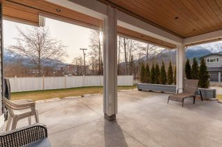 """Photo 36: 1020 STARVIEW Place in Squamish: Tantalus House for sale in """"TANTALUS"""" : MLS®# R2536297"""