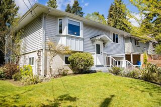 Photo 3: 3035 Charles St in : Na Departure Bay House for sale (Nanaimo)  : MLS®# 874498