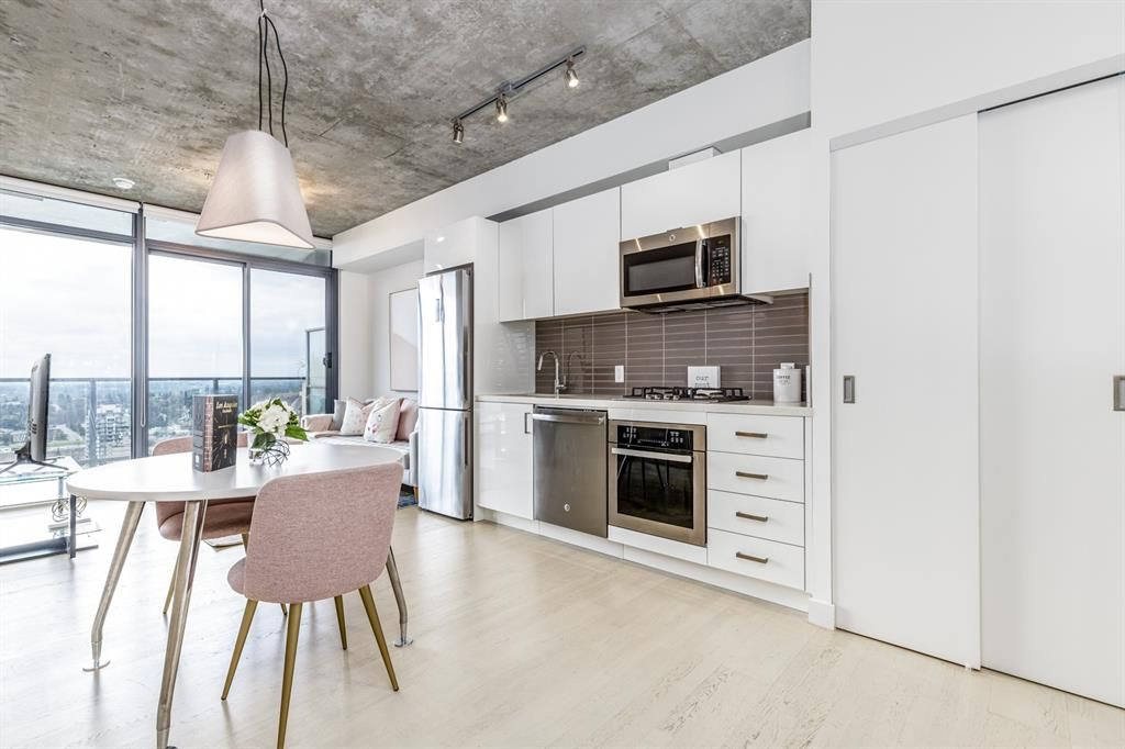 Main Photo: 2601 1010 6 Street SW in Calgary: Beltline Apartment for sale : MLS®# A1126693