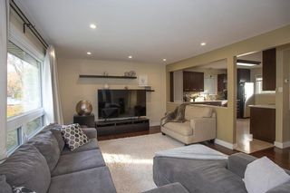 Photo 3: 650 Beaverbrook Street in Winnipeg: River Heights South Residential for sale (1D)  : MLS®# 202000984