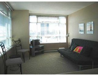 """Photo 2: 2209 438 SEYMOUR Street in Vancouver: Downtown VW Condo for sale in """"CONFERENCE PLAZA"""" (Vancouver West)  : MLS®# V669096"""