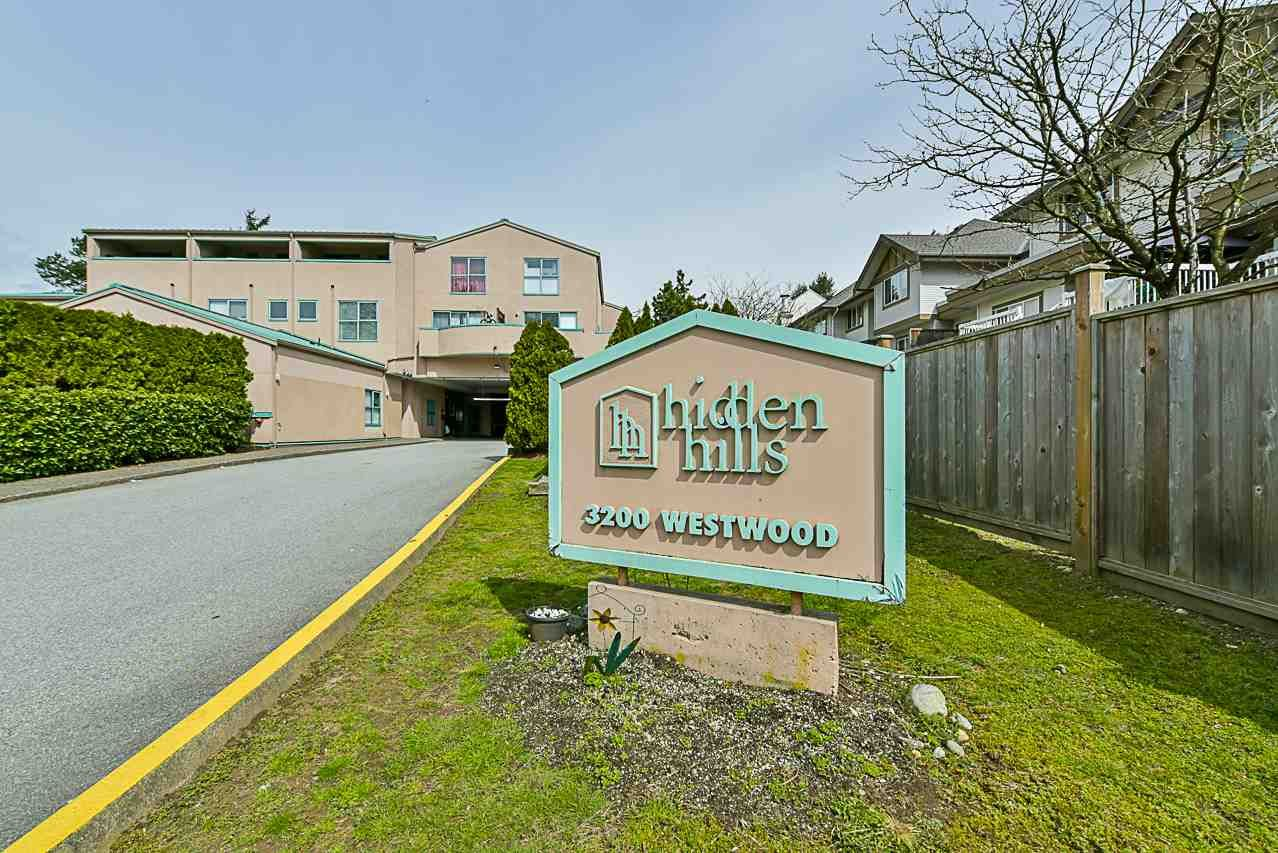 """Main Photo: 5 3200 WESTWOOD Street in Port Coquitlam: Central Pt Coquitlam Townhouse for sale in """"HIDDEN HILLS"""" : MLS®# R2262418"""