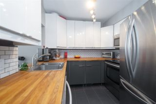 """Photo 7: 402 2222 PRINCE EDWARD Street in Vancouver: Mount Pleasant VE Condo for sale in """"SUNRISE ON THE PARK"""" (Vancouver East)  : MLS®# R2285545"""