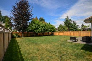 Photo 19: 9031 156A Street in Surrey: Fleetwood Tynehead House for sale : MLS®# R2187617