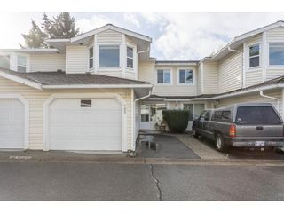 "Photo 2: 105 9177 154 Street in Surrey: Fleetwood Tynehead Townhouse for sale in ""CHANTILLY LANE"" : MLS®# R2508811"