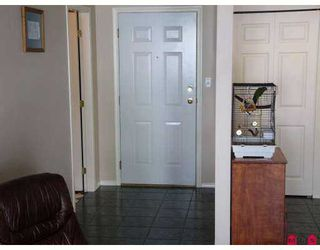 """Photo 4: 102 33668 KING RD in Abbotsford: Poplar Condo for sale in """"College Park"""" : MLS®# F2616857"""