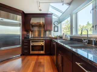 """Photo 17: 1594 ISLAND PARK Walk in Vancouver: False Creek Townhouse for sale in """"THE LAGOONS"""" (Vancouver West)  : MLS®# R2297532"""