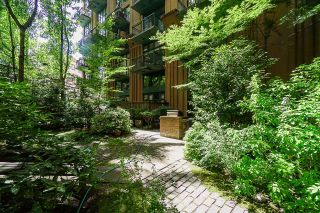 """Photo 39: 518 22 E CORDOVA Street in Vancouver: Downtown VE Condo for sale in """"Van Horne"""" (Vancouver East)  : MLS®# R2600370"""