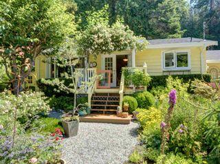 Photo 2: 8594 REDROOFFS Road in Halfmoon Bay: Halfmn Bay Secret Cv Redroofs House for sale (Sunshine Coast)  : MLS®# R2599178