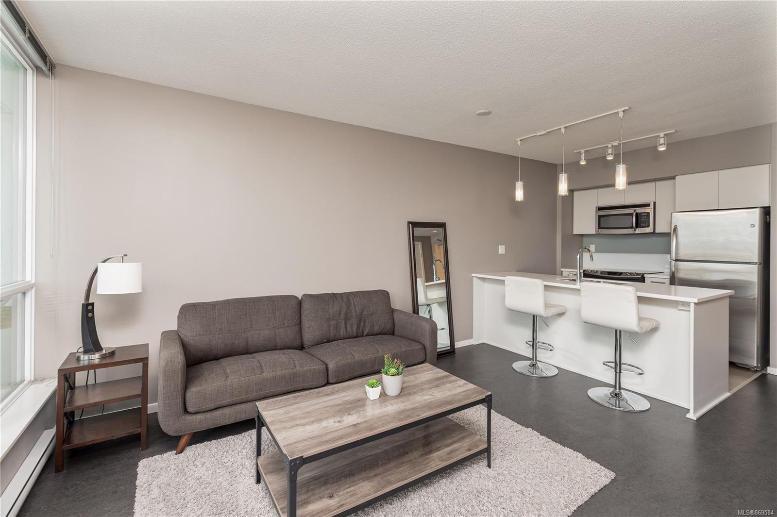 Main Photo: 1004 834 Johnson St in : Vi Downtown Condo for sale (Victoria)  : MLS®# 869584