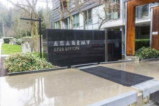 "Photo 4: 1103 5728 BERTON Avenue in Vancouver: University VW Condo for sale in ""Academy"" (Vancouver West)  : MLS®# R2550565"