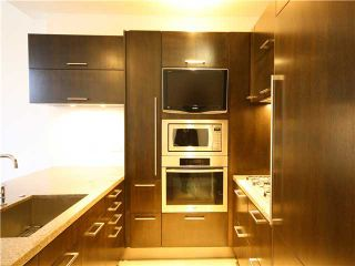 Photo 5: 5997 WALTER GAGE Road in Vancouver: University VW Condo for sale (Vancouver West)  : MLS®# V921502