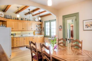 Photo 4: : Duplex for sale : MLS®# 1802539