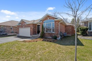 Photo 2: 16 Chelsea Crescent in Belleville: House for sale : MLS®# 40093456