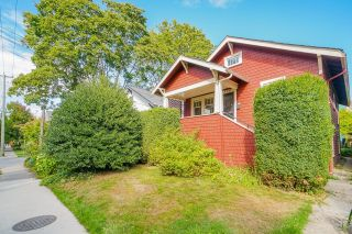 Photo 2: 2908 MANITOBA Street in Vancouver: Mount Pleasant VW House for sale (Vancouver West)  : MLS®# R2617371