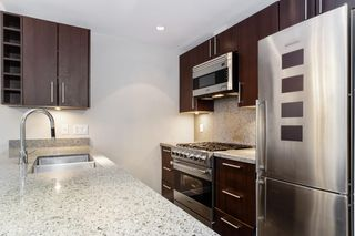 """Photo 11: 251 108 W 1ST Avenue in Vancouver: False Creek Townhouse for sale in """"WALL CENTRE FALSE CREEK EAST TOWER"""" (Vancouver West)  : MLS®# R2620424"""