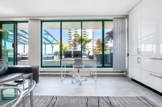 """Photo 10: 703 1132 HARO Street in Vancouver: West End VW Condo for sale in """"THE REGENT"""" (Vancouver West)  : MLS®# R2613741"""
