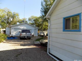 Photo 2: 402 Mariner Avenue in Aquadeo: Residential for sale : MLS®# SK847453